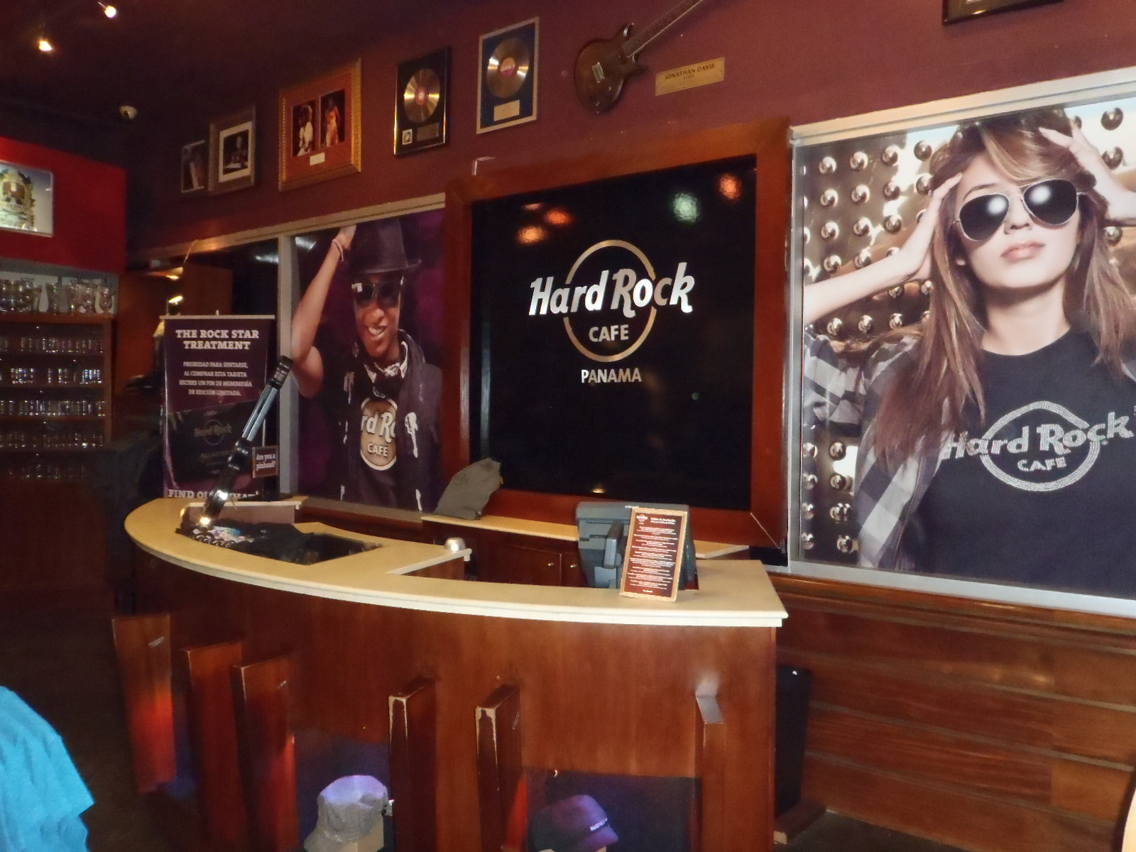 Is The Hard Rock Cafe London Expensive